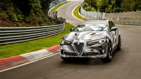Alfa Romeo lo hace de nuevo y el Stelvio se convierte en el SUV más rápido de Núrburgring