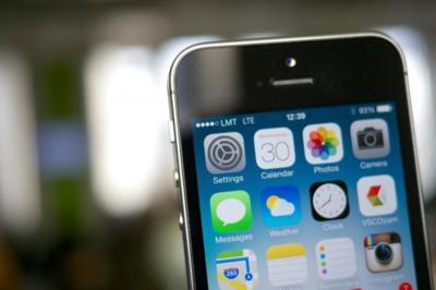 El inmenso negocio del iPhone y los peligros que entraña