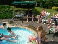 Algunos cuidados que debemos tener en la piscina para no poner en riesgo nuestra salud