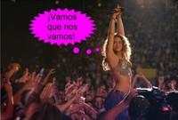 Shakira lo da todo en Barcelona... ¿En mitad de la calle?