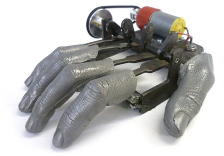 Finger Mk II: Uno a uno todos los dedos sobre el mostrador