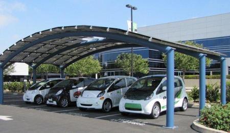 Puntos de recarga solares, una segunda vida para las baterías de los coches eléctricos