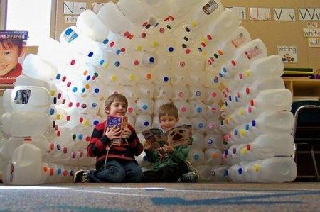 Hazlo tú mismo: un iglú con botellas de leche