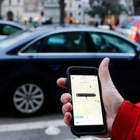 El Gobierno se salta al Tribunal Supremo y anuncia una ley para proteger al taxi de Uber y de Cabify