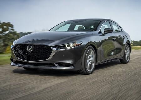 Mazda busca a los héroes de la pandemia en México: las historias más votadas ganarán un Mazda3 Sedán