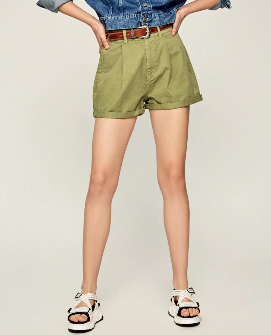 Short de mujer estilo chino con doblez en bajo