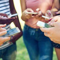 Madrid prohibirá los móviles en el colegio a partir del curso 2020-2021