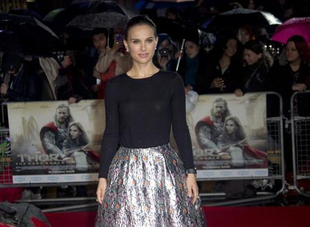 Natalie Portman no puede estar más re-mona en el estreno de 'Thor'