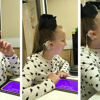 El emocionante instante en el que una niña de 8 años escucha su voz después de mucho tiempo