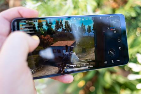 Nokia 9 Pureview Uso Juego 01