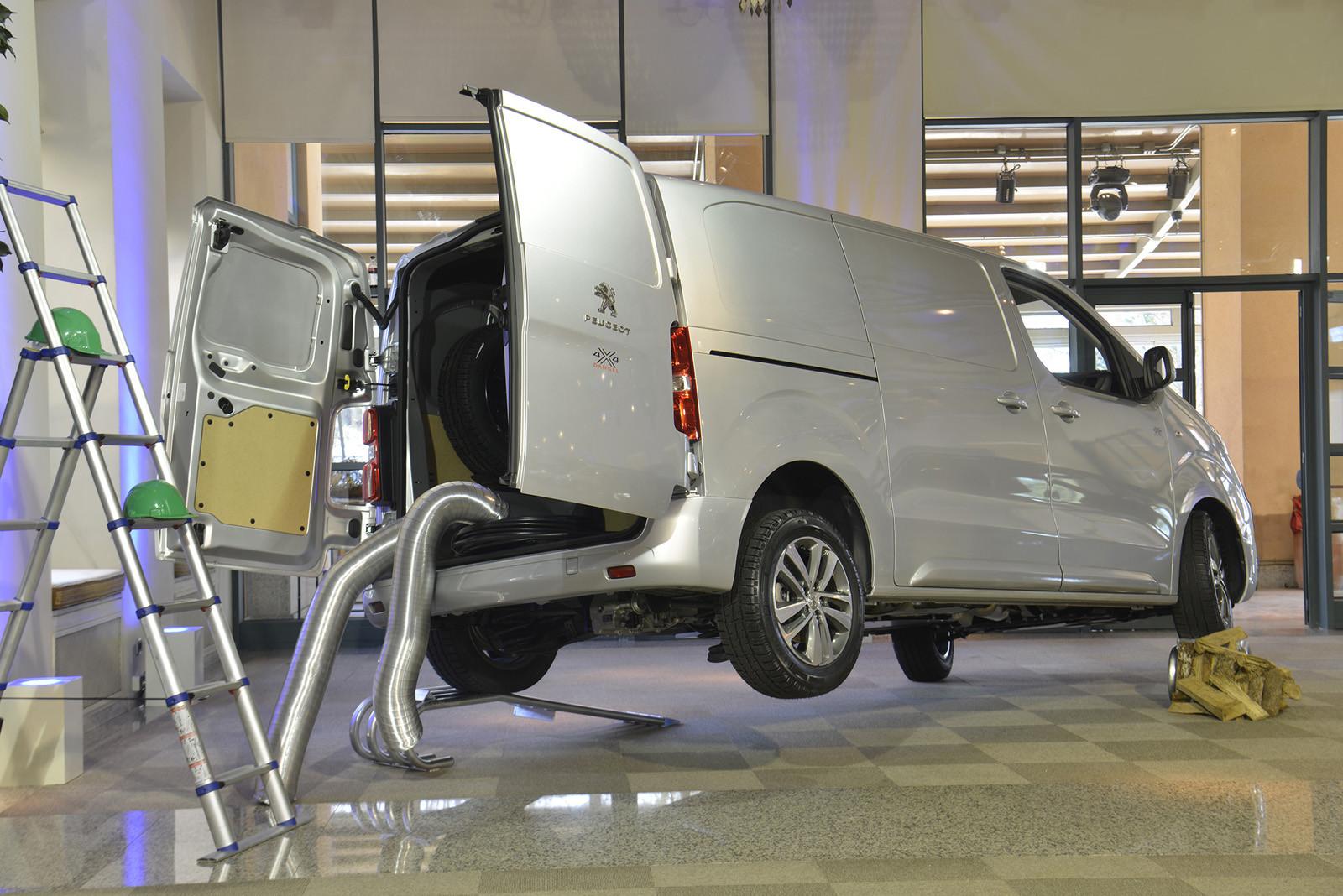 Foto de Peugeot gama comerciales y transformados (32/42)