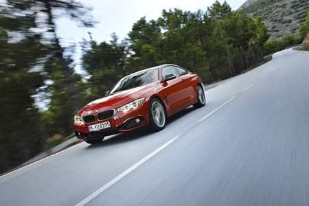 BMW 435i en movimiento
