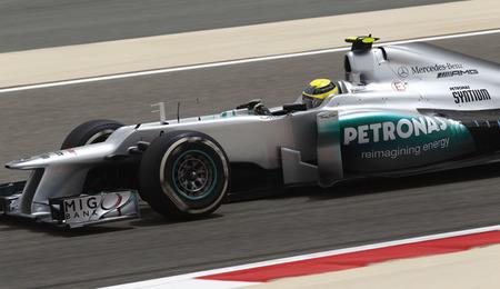 Nico Rosberg sigue en lo más alto en un Gran Premio de Bahréin marcado por los incidentes