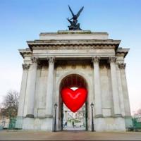Ya pasó San Valentín, pero Londres sigue a todo corazón