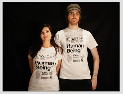 Camiseta Human Being