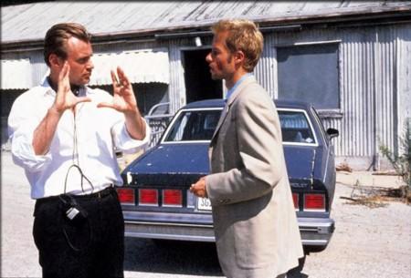 Nolan con Guy Pearce durante el rodaje de Memento