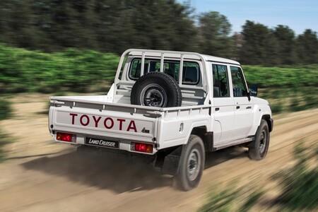 Toyota Land Cruiser 70 2022 6