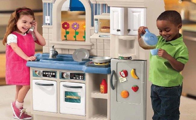 Jugar a las cocinitas for Cocina ninos juguete