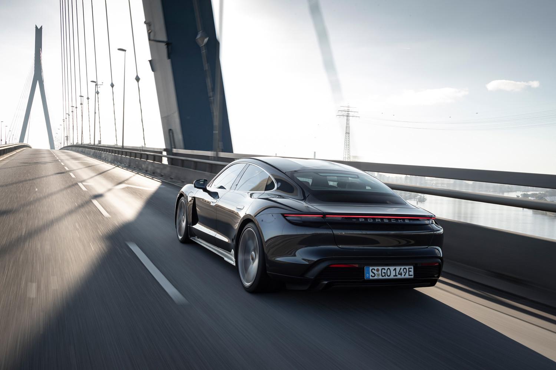 Foto de Porsche Taycan prueba contacto (77/275)