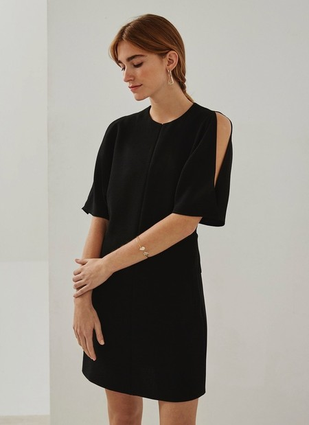 Adolfo Domínguez: los 9 mejores vestidos para primavera