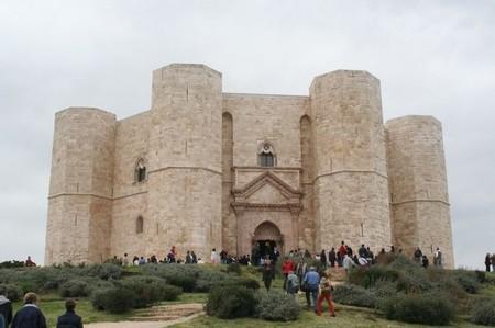 Castel Del Monte 12 590x392