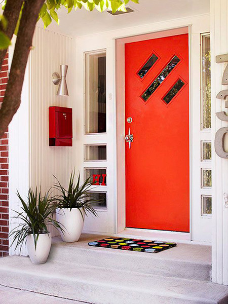 Moderna Puerta Roja 02