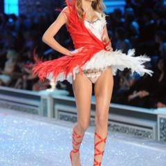 Foto 19 de 57 de la galería el-desfile-victorias-secret-fashion-2011-todas-las-imagenes en Trendencias