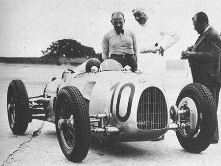 Las flechas de plata de Auto Union y Daimler-Benz cumplen 75 años (Parte 1)