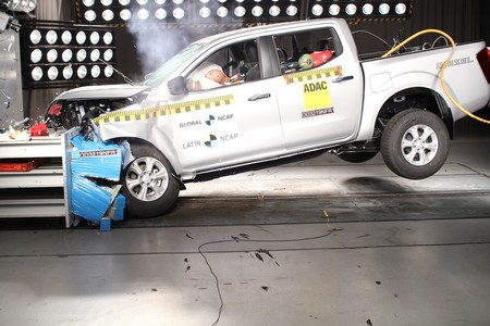 Prueba de choque Nissan NP300 Frontier