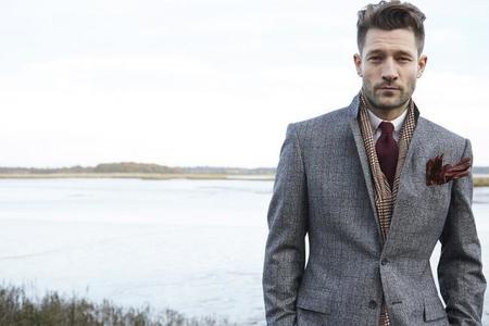 Chester Barrie presenta al hombre ecléctico en su colección de invierno
