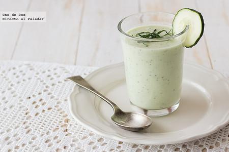crema fría de pepino, yogur griego y menta