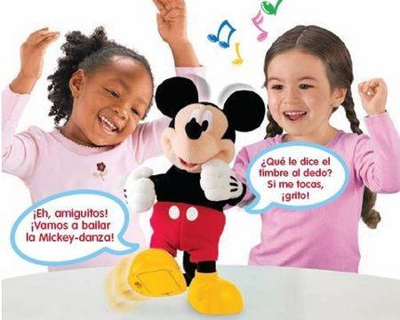 Baila la Mickey-danza con el muñeco de Mickey Mouse