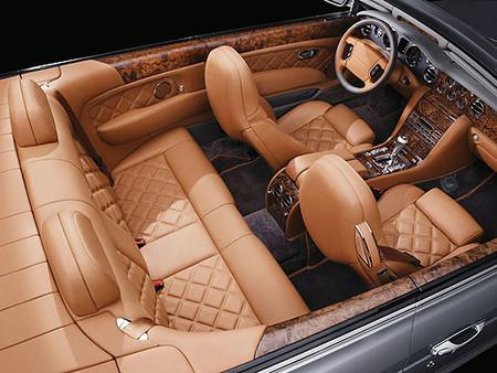 507 caballos para el Azure T de Bentley