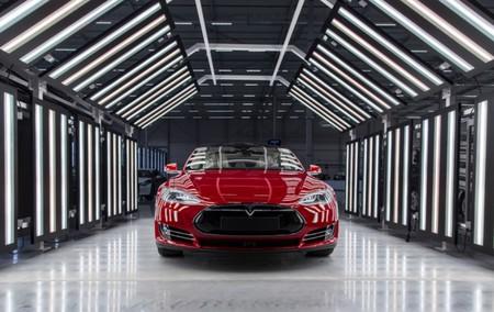 Tesla 01