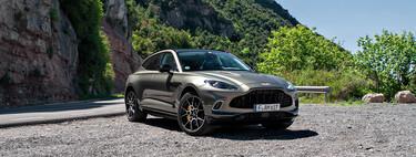 Probamos el Aston Martin DBX, un SUV de 550 CV dinámico como un Porsche Cayenne y lujoso como un Bentley Bentayga