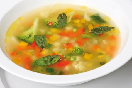 Sopa minestrone con All-Bran® Plus