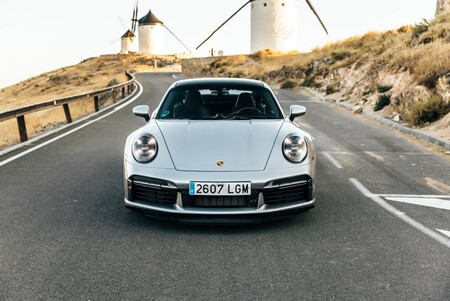 Porsche 911 Turbo S frontal