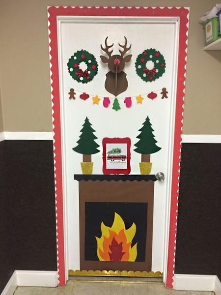 17 ideas para decorar la puerta de tu casa esta navidad for Ideas decoracion navidad colegio
