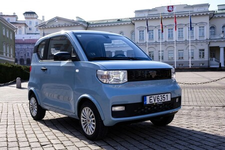 El pequeño coche eléctrico Dartz Freze Nikrob llegará a España por más del doble de lo que cuesta en China