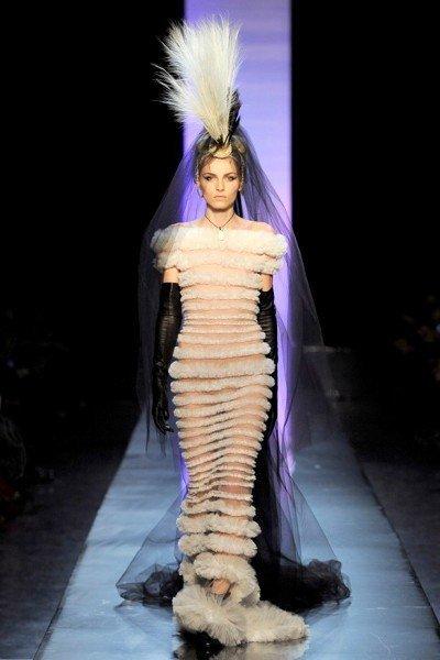 andrej-pejic-jean-paul-gaultier-couture.jpg