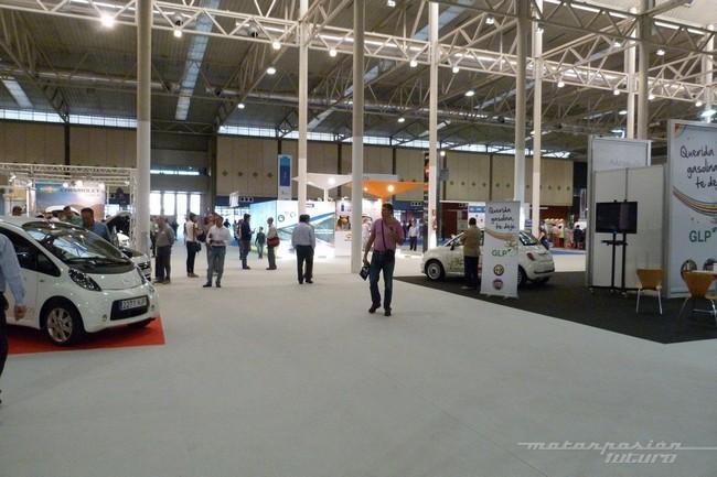 panoramica salón del vehículo y combustible alternativos de Valladolid