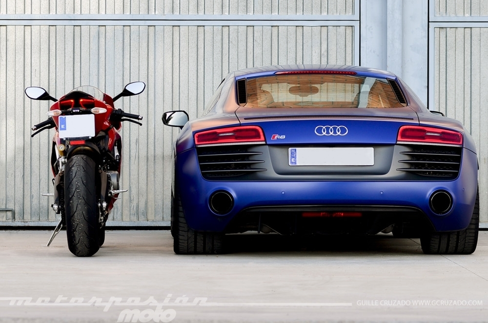 Foto de Ducati 899 Panigale Vs Audi R8 V10 Plus (5/24)