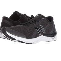 Tenemos varias tallas de las zapatillas New Balance 711v3 por menos de 30 euros en Amazon tanto en negro como en morado