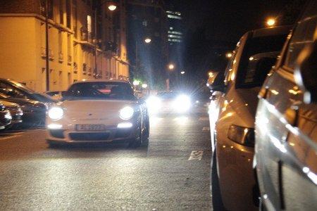 Duelo de 1.000 CV: Porsche 911 GT3 y Lamborghini Gallardo Superleggera en las calles de París