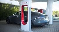 España y Portugal tendrán supercargadores Tesla. Regreso a Motorpasión Futuro