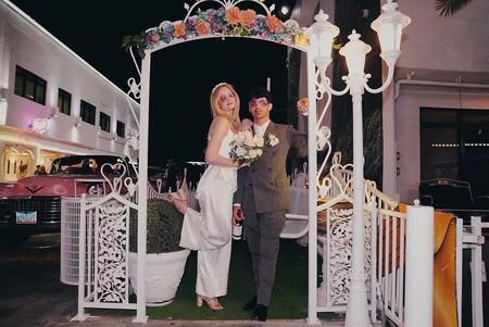 Tras dos años de matrimonio, Joe Jonas y Sophie Turner comparten las fotos inéditas de su boda en Las Vegas