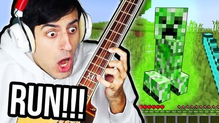 Para qué jugar con ratón y teclado a Minecraft si puedes hacerlo con un bajo