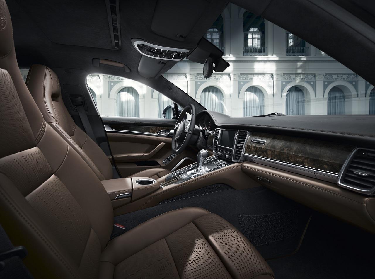 Foto de Porsche Panamera Exclusive Series (3/5)