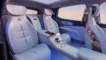 Mercedes Maybach Eqs 2