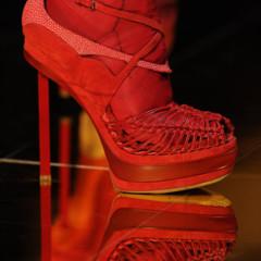 Foto 7 de 16 de la galería john-galliano-primavera-verano-2011-en-la-semana-de-la-moda-de-paris en Trendencias